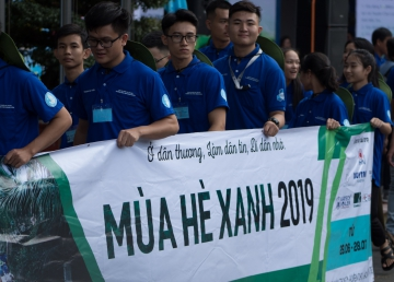 """CADIVI continuously being a companion for the voluntary campaign """"Mua He Xanh  2019"""" in Ben Tre Provice"""
